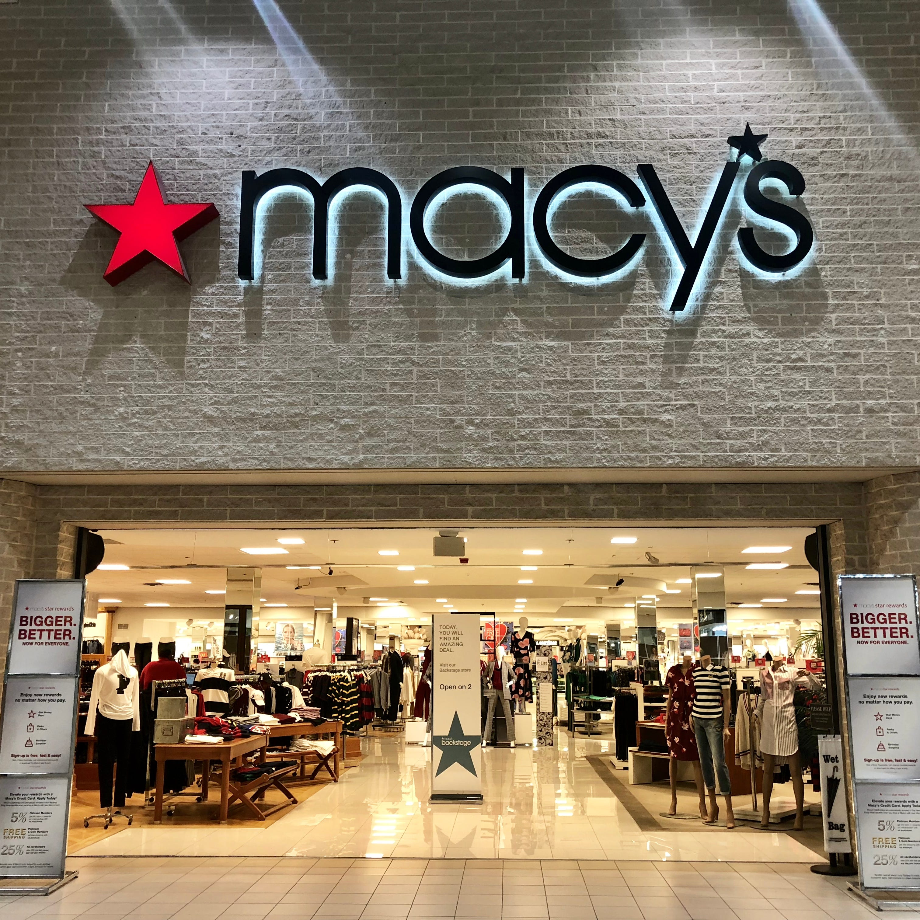 Macy's releases Black Friday ad with 12 free items up for grabs starting Thanksgiving