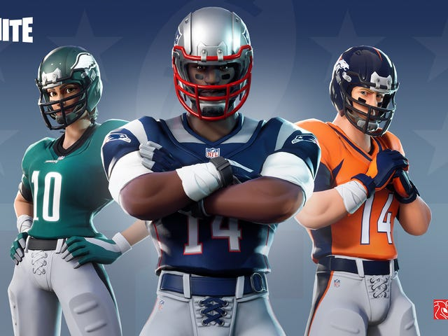 b85c05218  Fortnite  adds NFL uniforms and other football gear