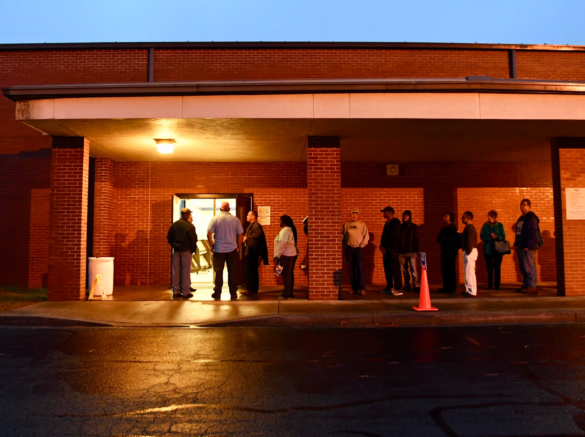 Anderson County voters lined up early Tuesday, Nov. 6, 2018, to cast their ballot as South Carolinians voted in the 2018 midterm elections.