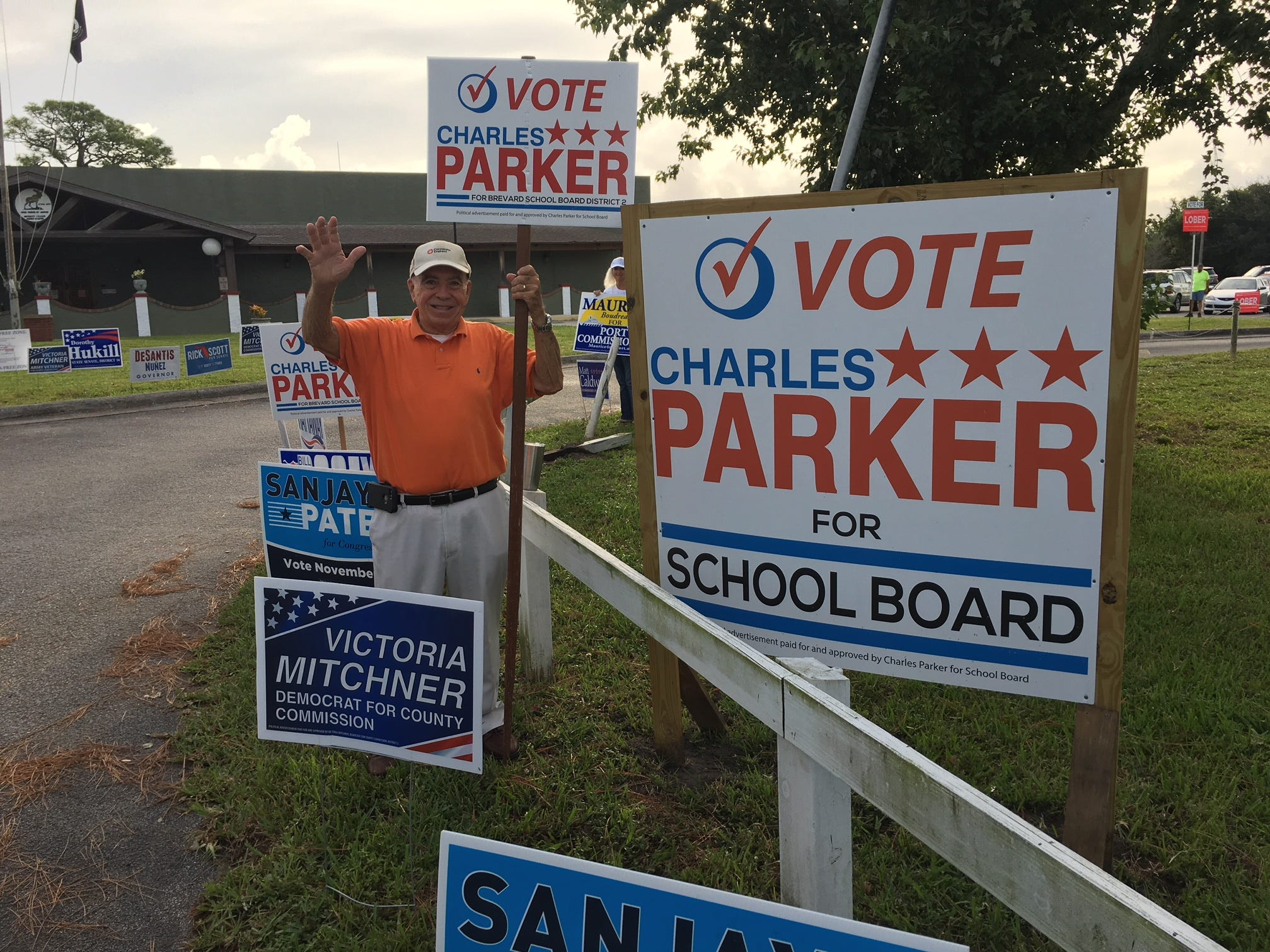 Frank Sullivan campaigning for Parker at Moose Lodge on Merritt Island.