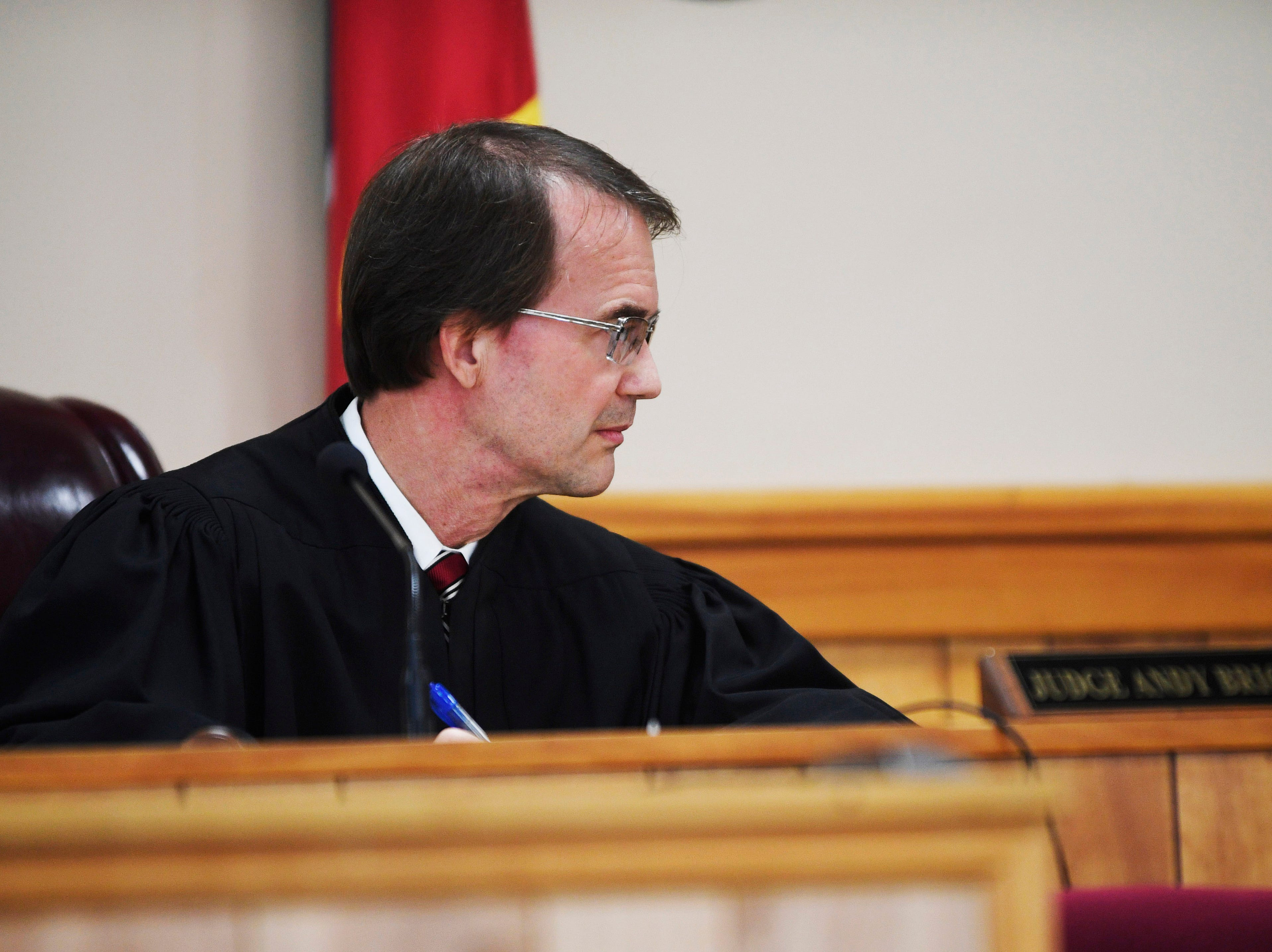 Judge Andy Brigham oversees the preliminary hearing of Kirby Wallace, 53, for charges including the killing of Indian Mound resident Brenda Smith at the Stewart County Courthouse Tuesday, Nov. 6, 2018, in Dover, Tenn. Wallace was caught Oct. 5 following a seven-day manhunt that expanded into Montgomery County.