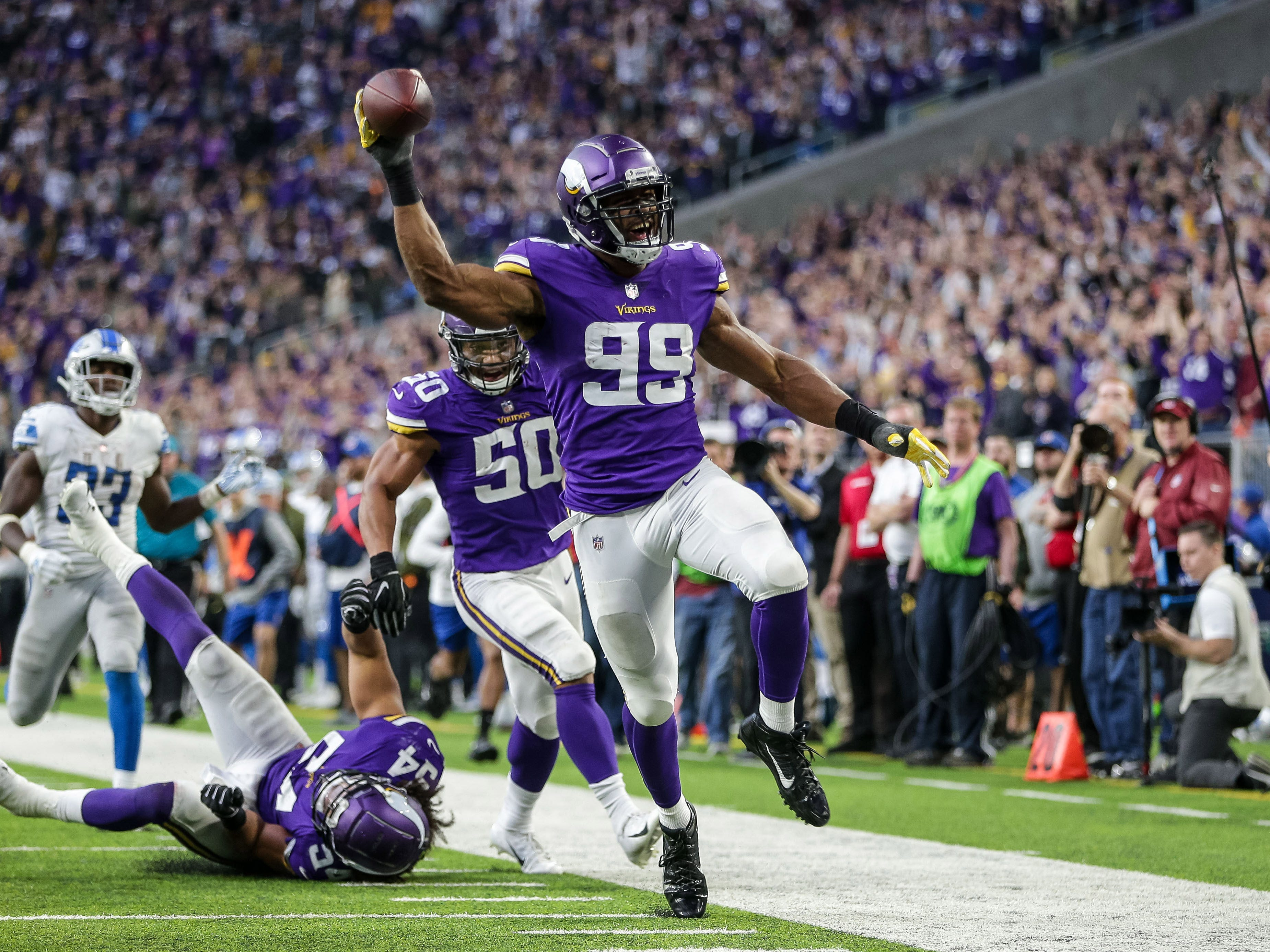 9. Vikings (5-3-1) | Last game: Defeated the Lions, 24-9 | Previous ranking: 9
