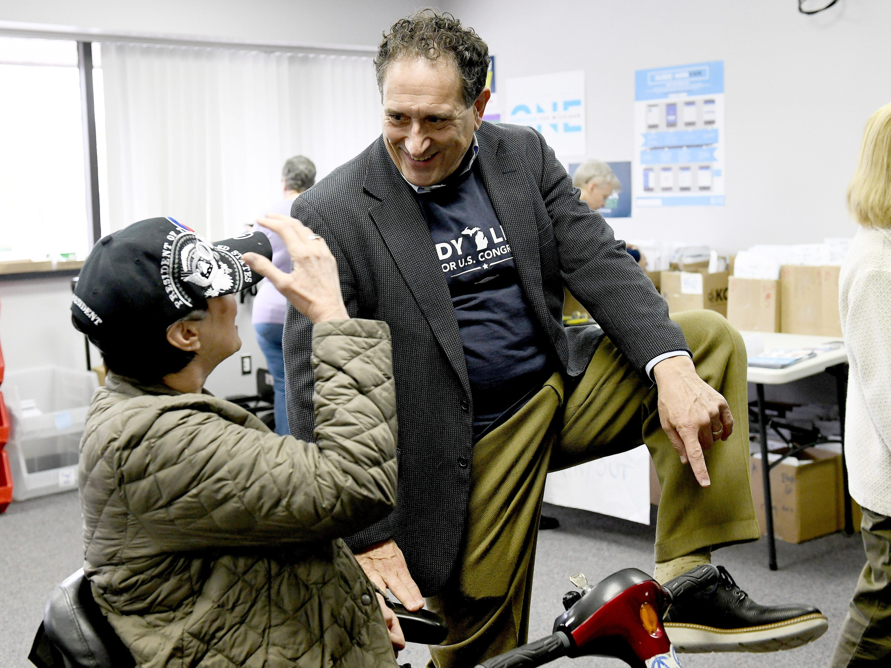 Democrat Andy Levin wins father's U.S. House seat