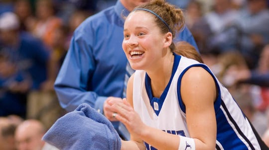 Melanie (Boeglin) White will be the first woman to have her jersey retired at Indiana State University.