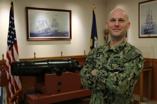 Lt Richard Hobart
