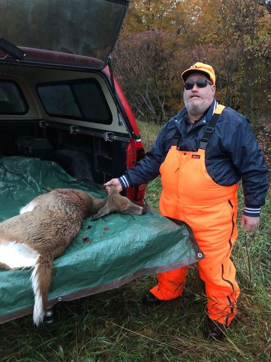 Manitowoc's Bob Schuh shot a doe on Oct. 14