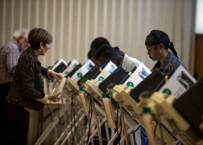 Memphis voters cast their ballots at a voting location inside J.K. Lewis Senior Center on Nov. 6, 2018.