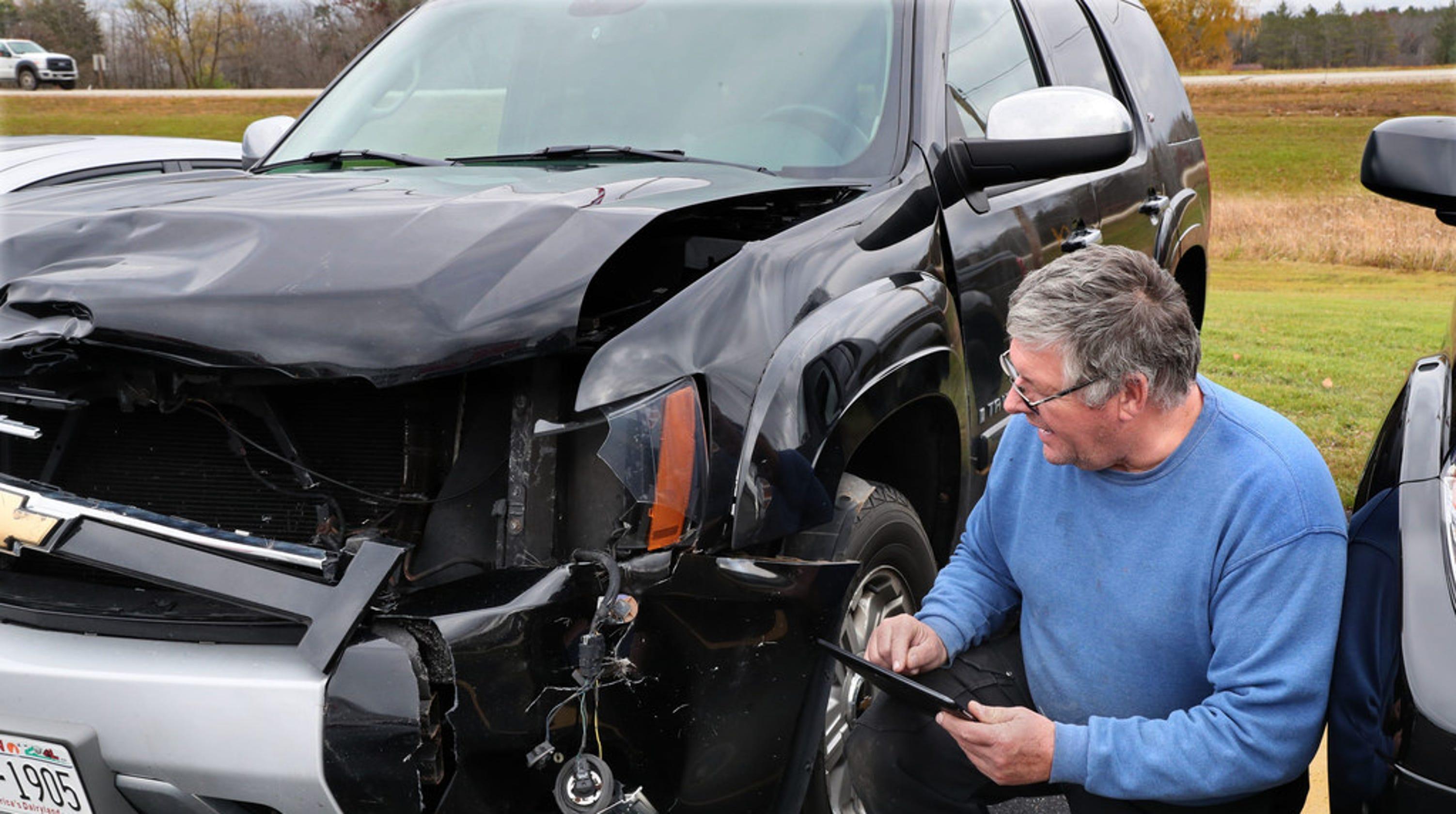 Deer accidents in Wisconsin peak in November