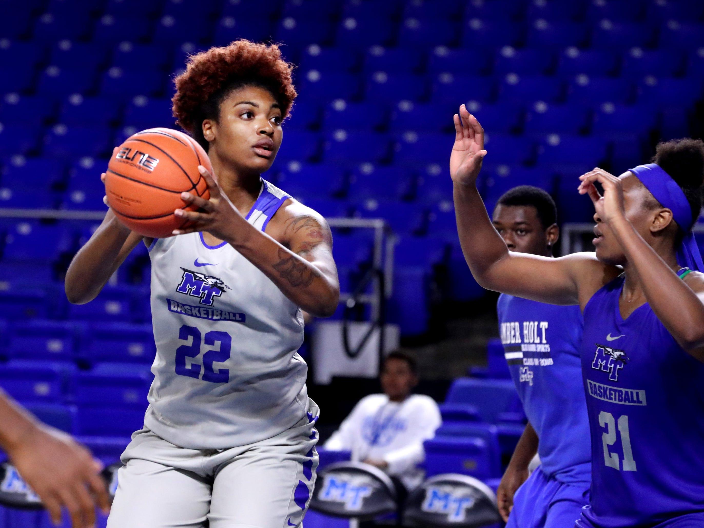 MTSU's Ra'Shika White (22) looks to pass or shoot during MTSU women's basketball team practice at Murphy Center on Monday, Nov.. 5, 2018.