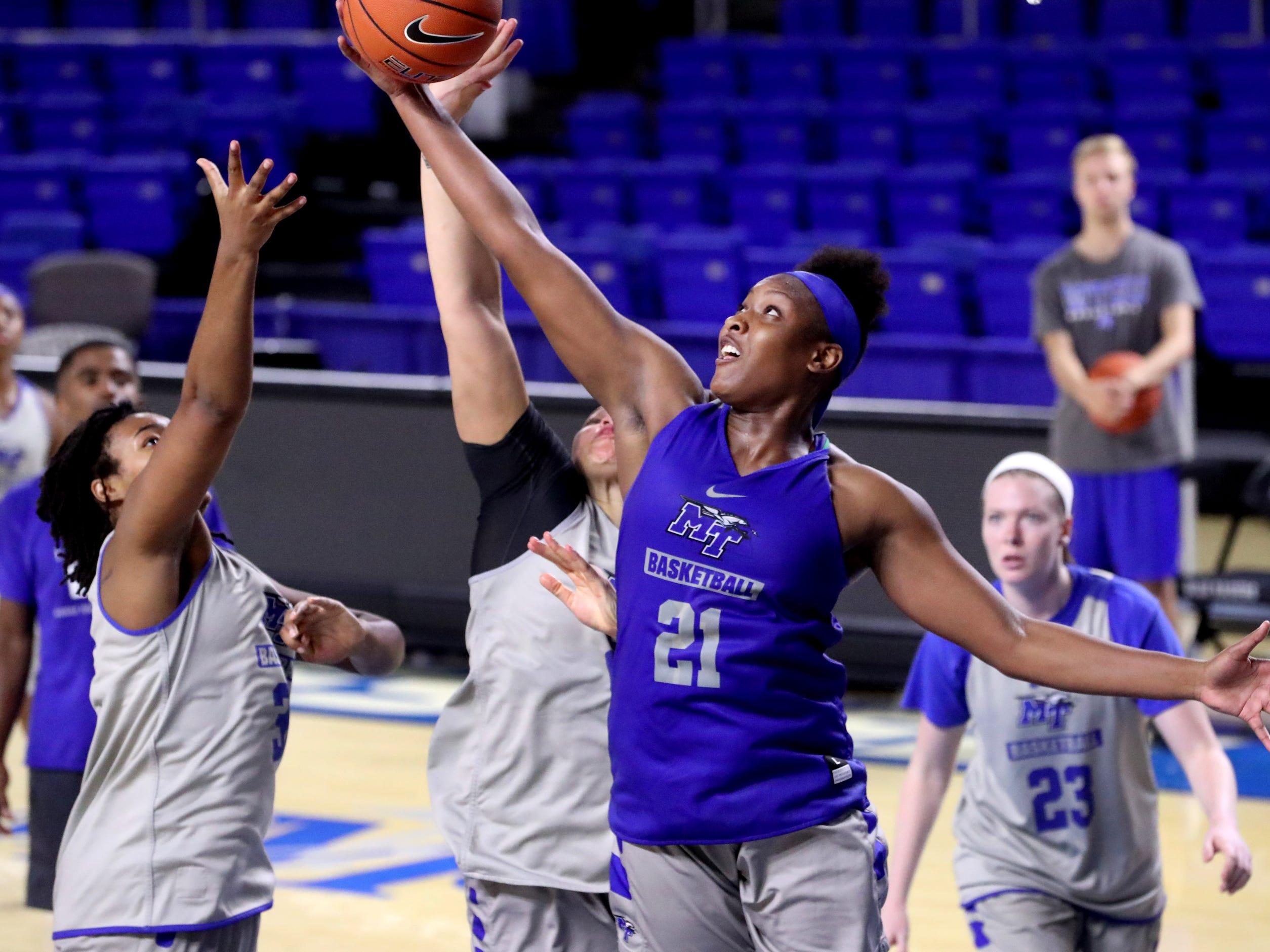 The MTSU women's basketball team practices at Murphy Center on Monday, Nov.. 5, 2018.