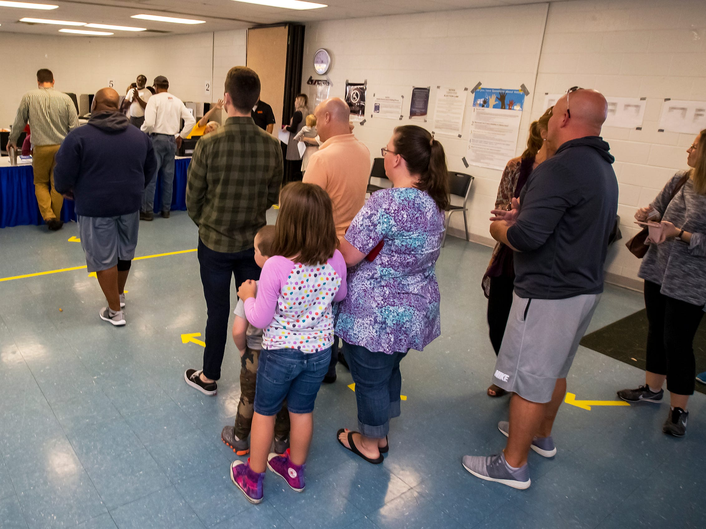 Voters form a line at SportsCom in Murfreesboro Tuesday morning for the 2018 midterm elections.