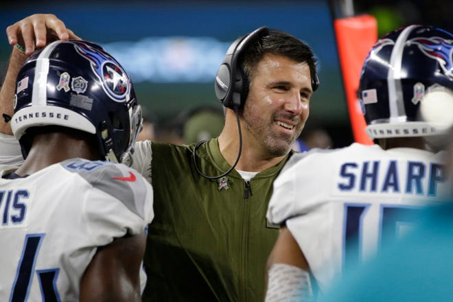 Titans coach Mike Vrabel during the game against the Cowboys on Monday.