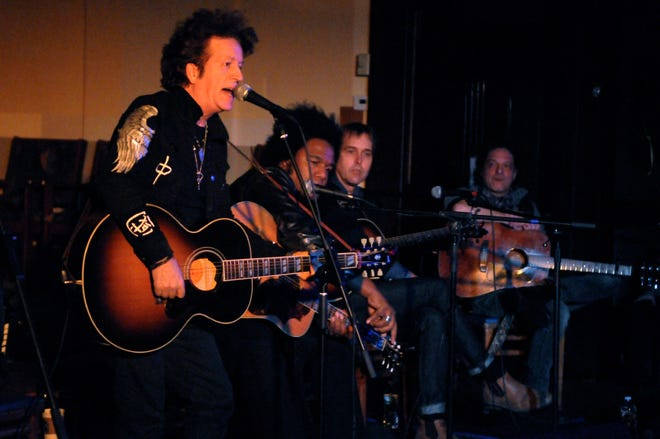 Willie Nile and his band will come to First Congregational Church in Montclair courtesy of Outpost in the Burbs on Nov.9.