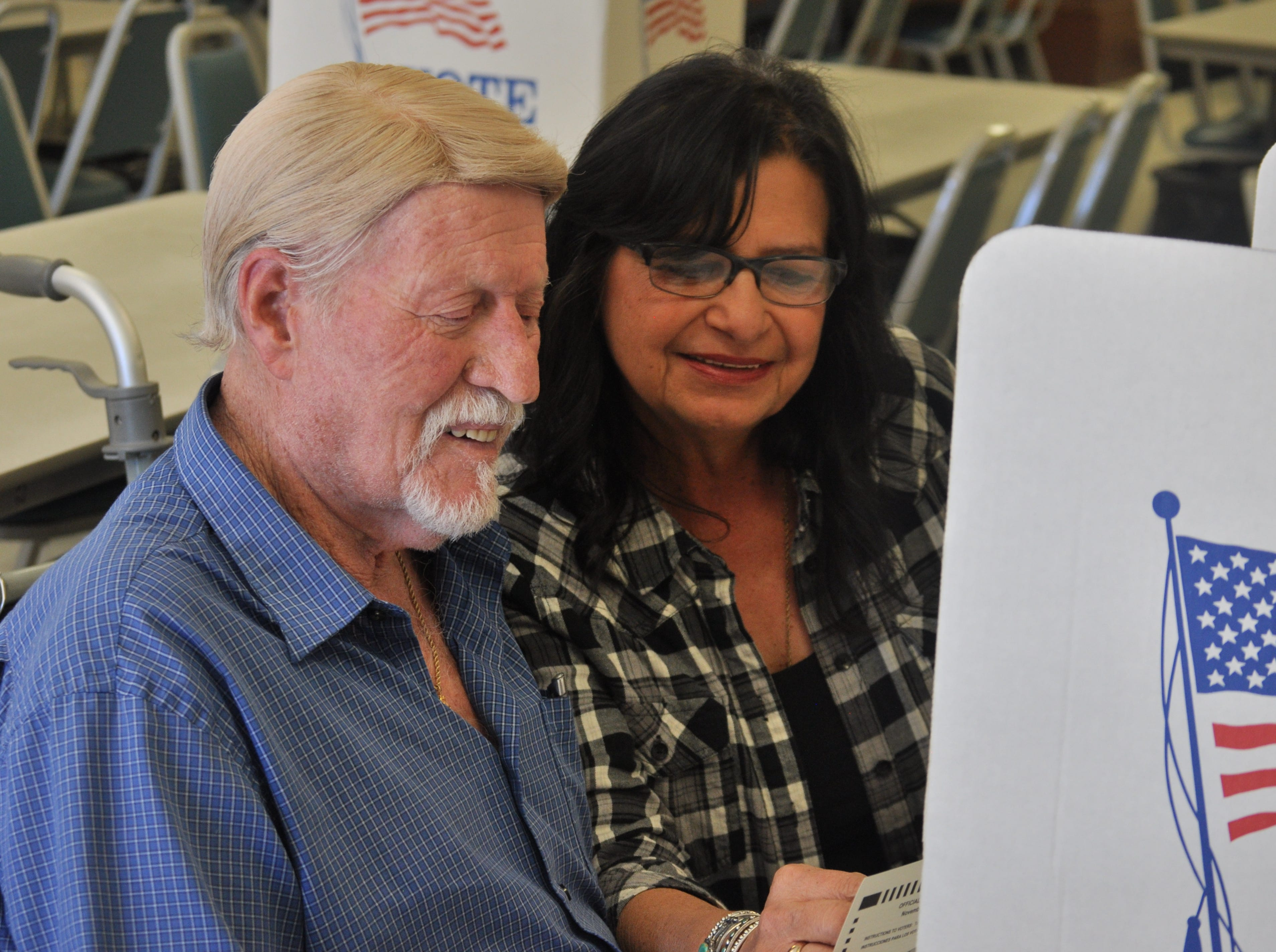 Claude Tabor (left) and Josie Tabor cast their ballots, Nov. 6, 2011 at the Veterans of Foreign Wars Carlsbad post.