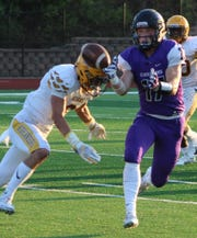 Senior Alec Ward (17) was one of three Bloomfield Hills football players to earn All-OAA post-season football honors.