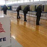 Oakland County voters take to the polls