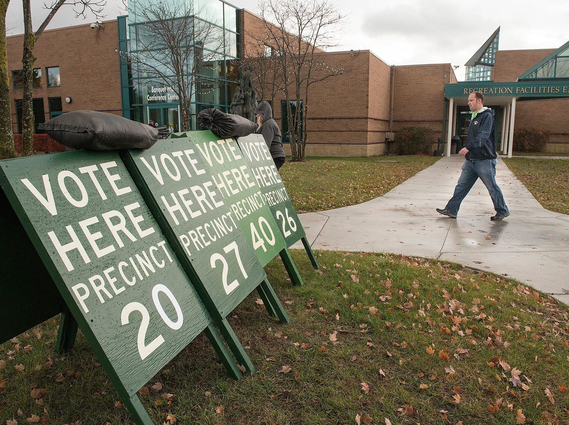 Election day is stormy with rain and stong winds. Canton voters came to the polls anyway.