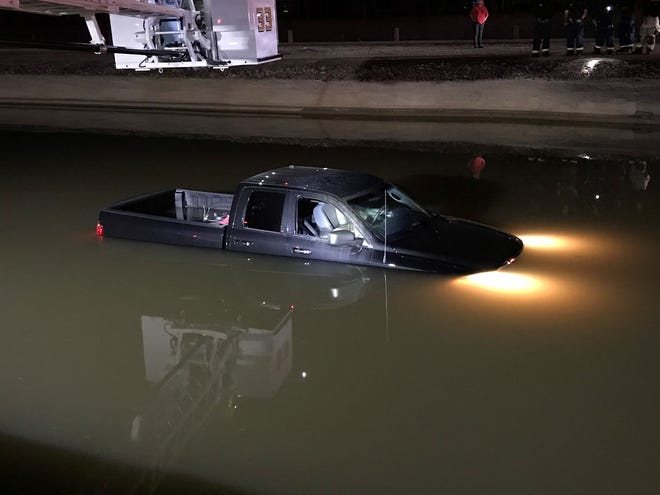 Phoenix firefighters responded Monday night to a report of a truck in a canal north of Dunlap Avenue on 35th Avenue.