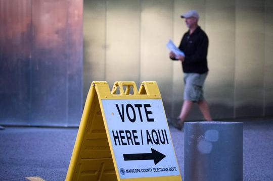Hoy hay elecciones en los Distritos 5 y 8 de Phoenix.