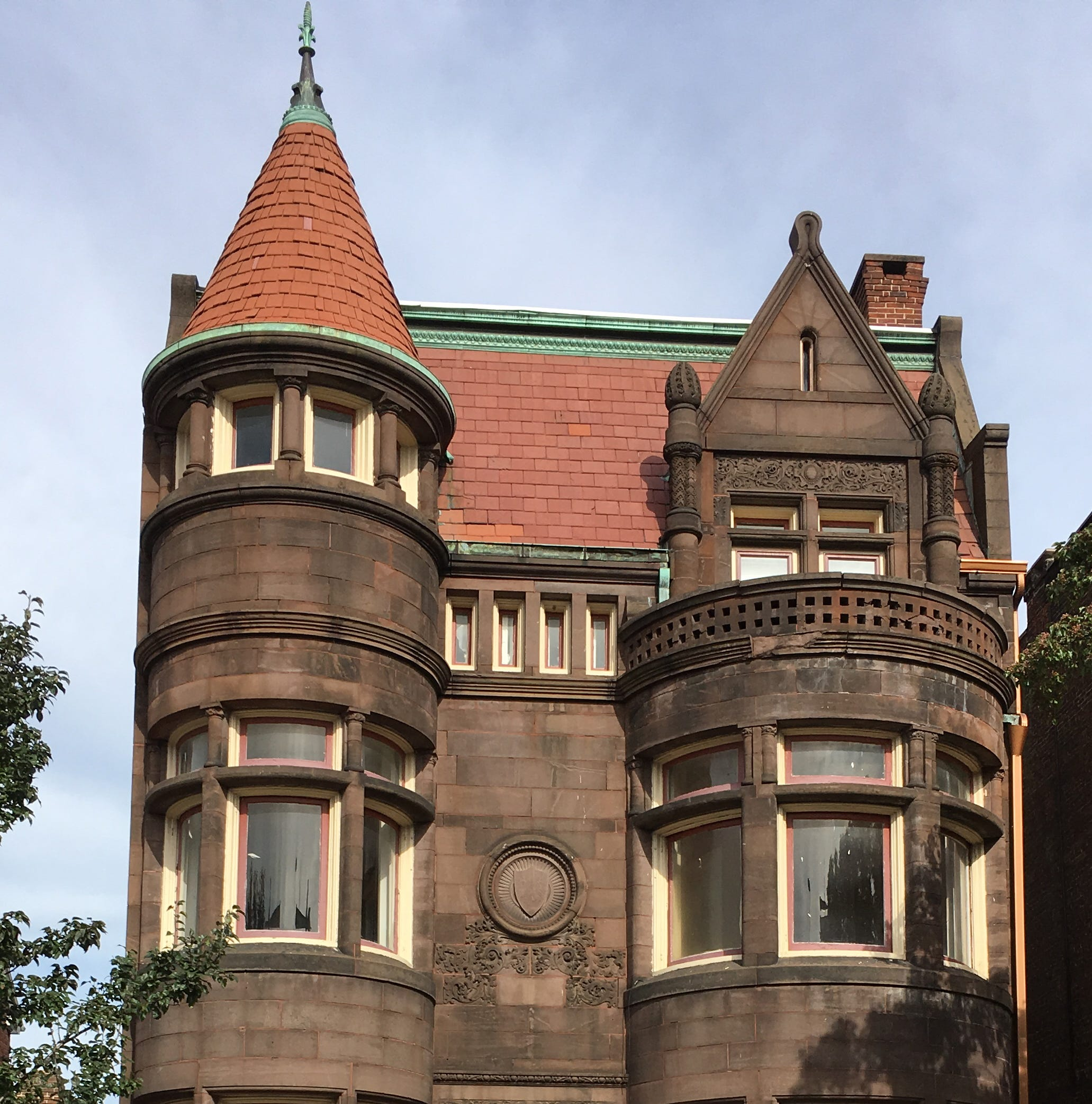What's up with that chateau at 309 E. Market St. in York?