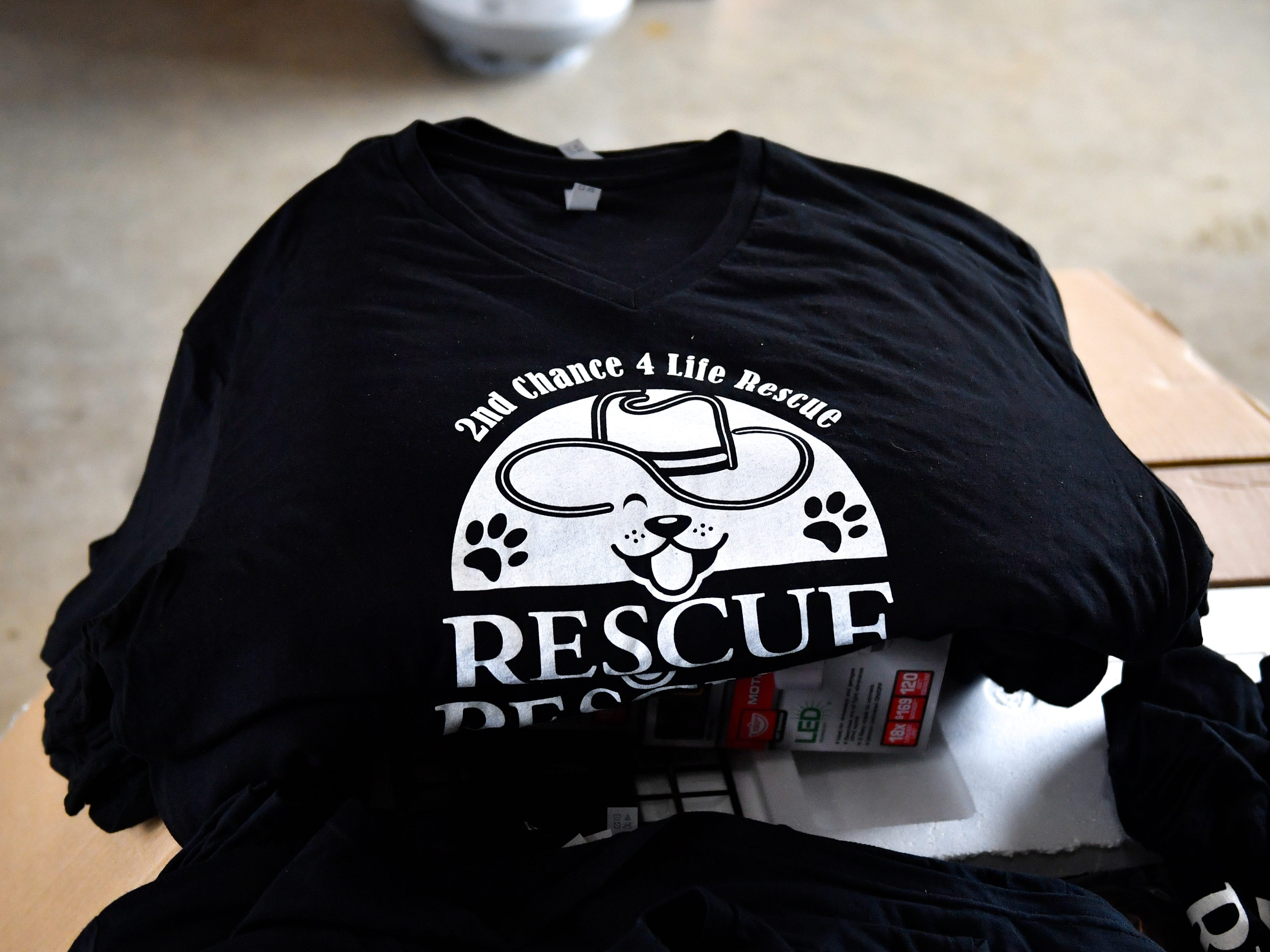 All volunteers wear Rescue Ranch T-shirts to help get the word out, November 2, 2018.