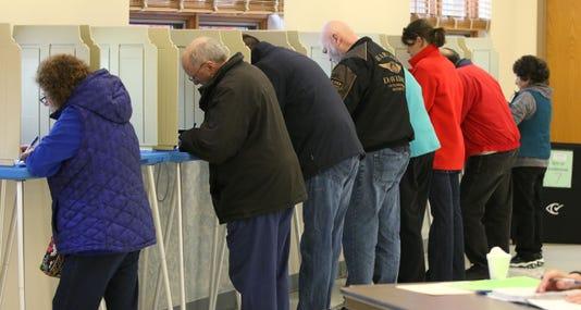 110618 She Midterm Election Polls Gck 01