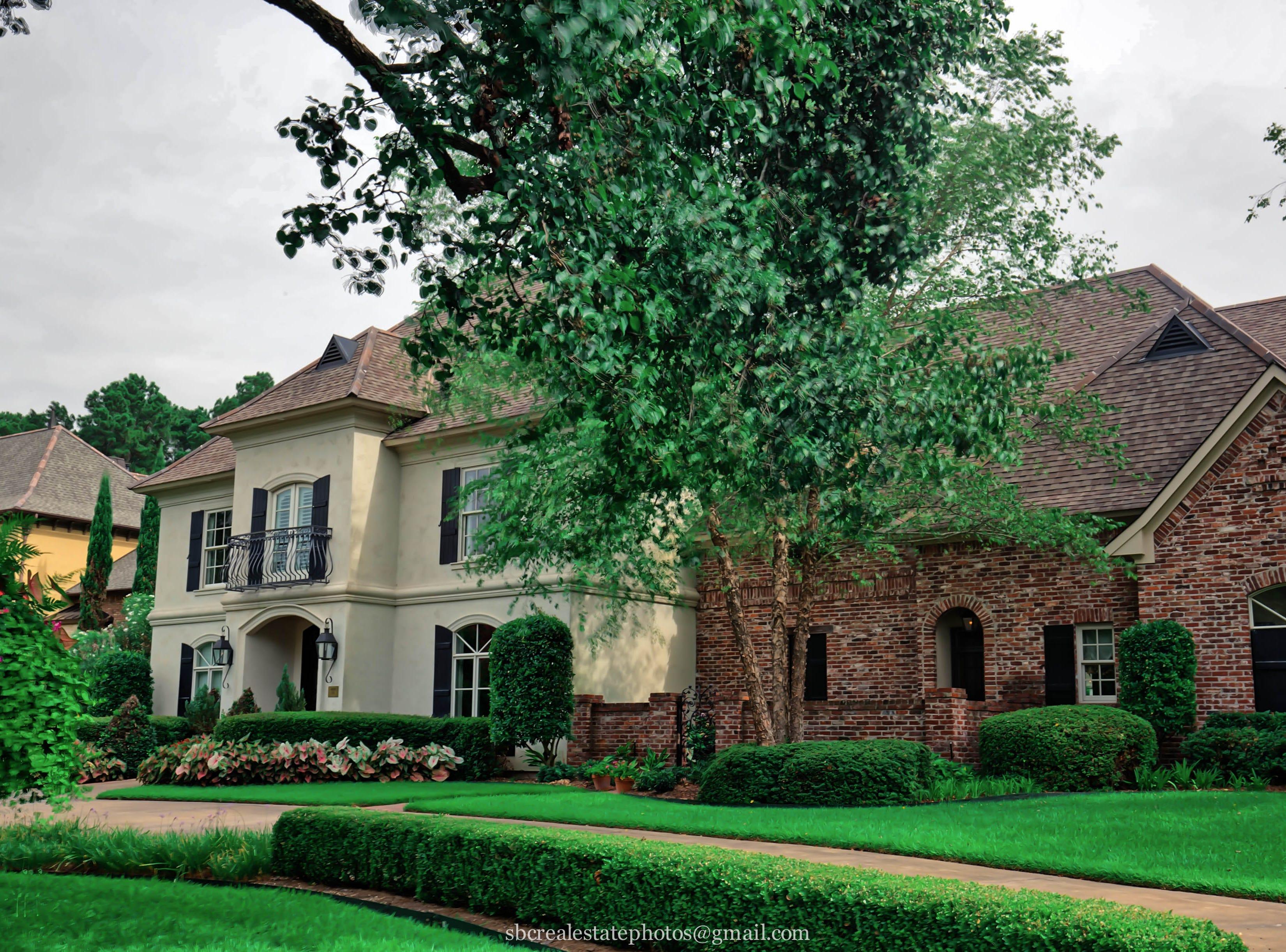 Massive Braemar Village home defines luxury