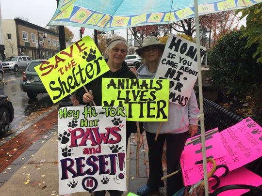 Animal activists Caroline Higgins and Pamela Hudson rallying for Hi Tor on Nov. 6.