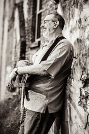 The David Bromberg Quintet will perform an intimate New Year's Eve show at Arden's Gild Hall.