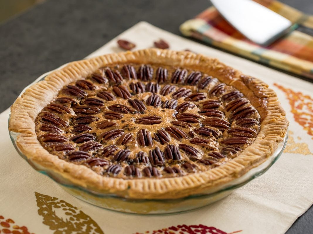 Try these Thanksgiving traditions, from mimosa mornings to pie night