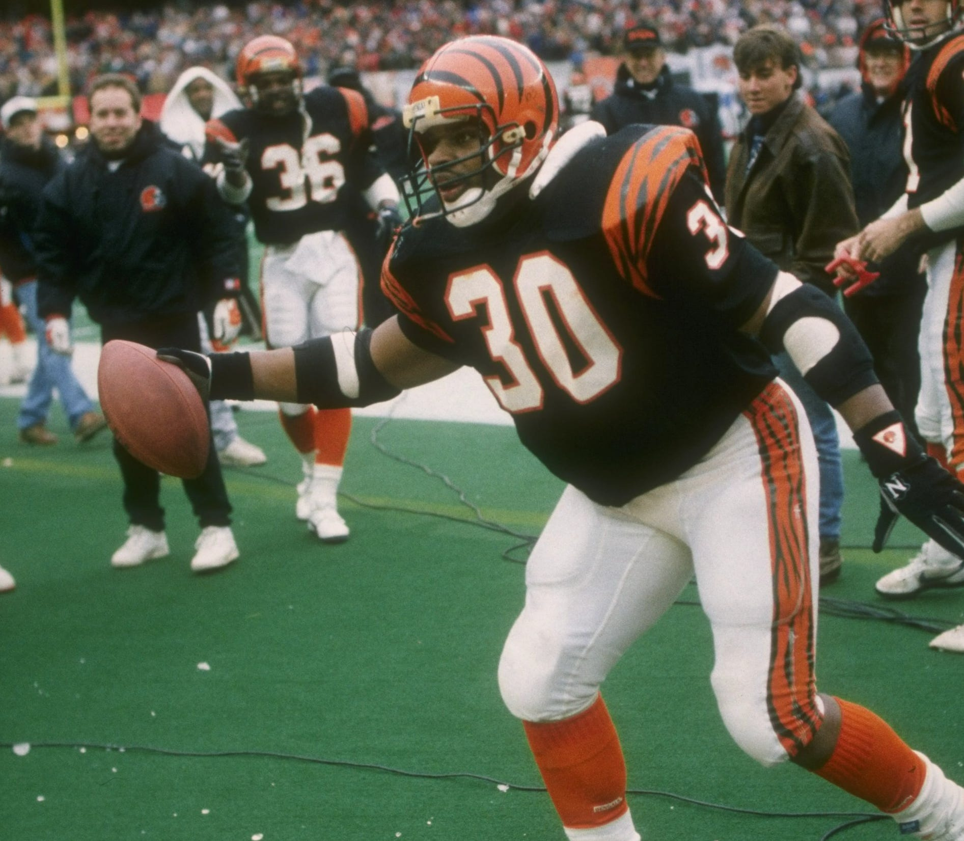 "Ickey Woods does the ""Ickey Shuffle"" during the 1988 AFC Championship Game."