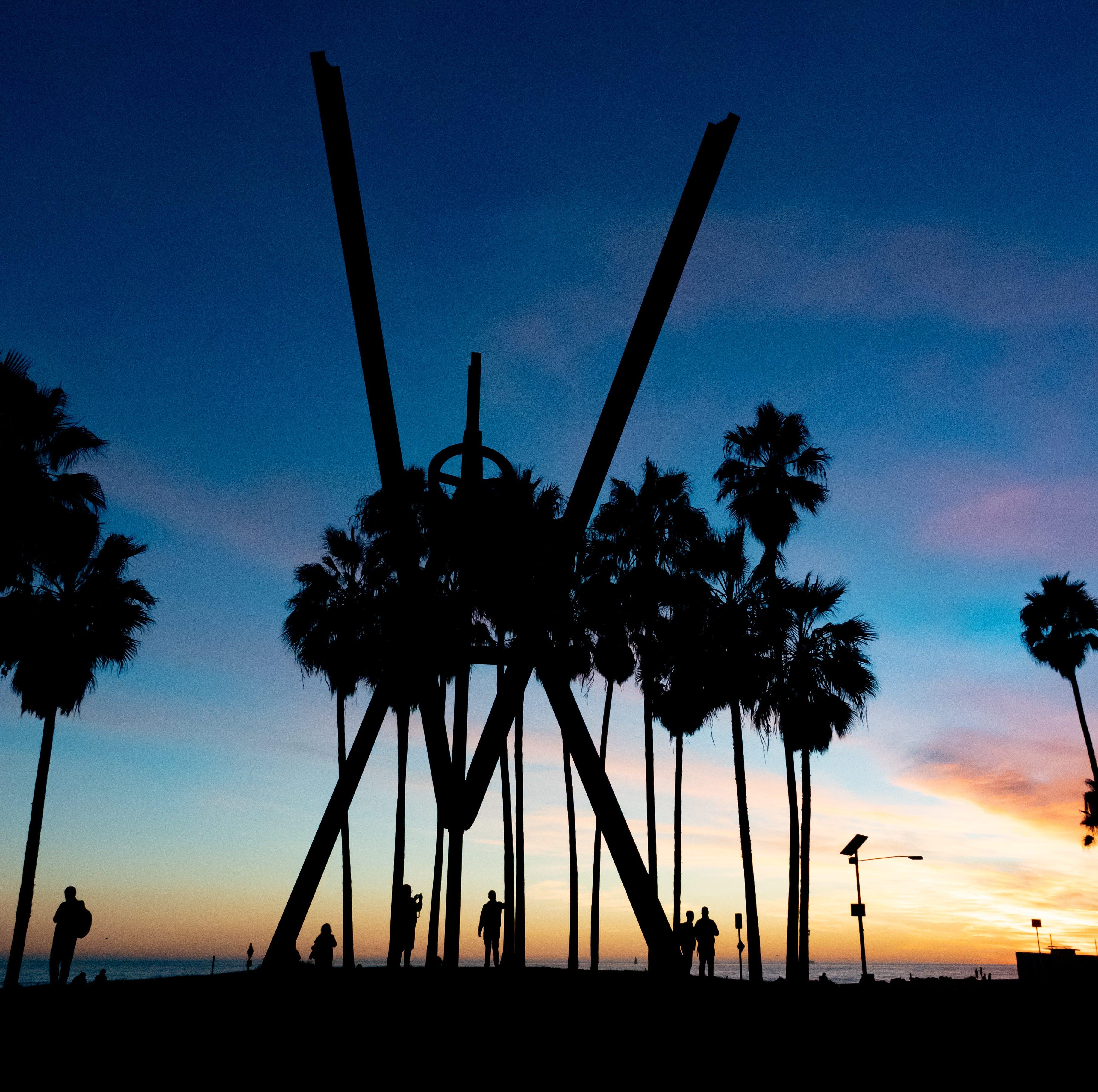The V for Venice sculpture in Venice Beach.