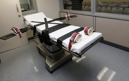 The Supreme Court struggled Tuesday with a Missouri prisoner's claim that his medical condition will cause him to suffer extreme pain if put to death by lethal injection.
