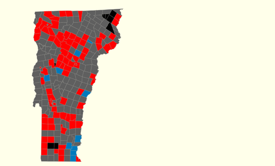 Incumbent Gov. Phil Scott's victories (in towns marked red) outpaced those of his challenger, Christine Hallquist, at 9:15 p.m.