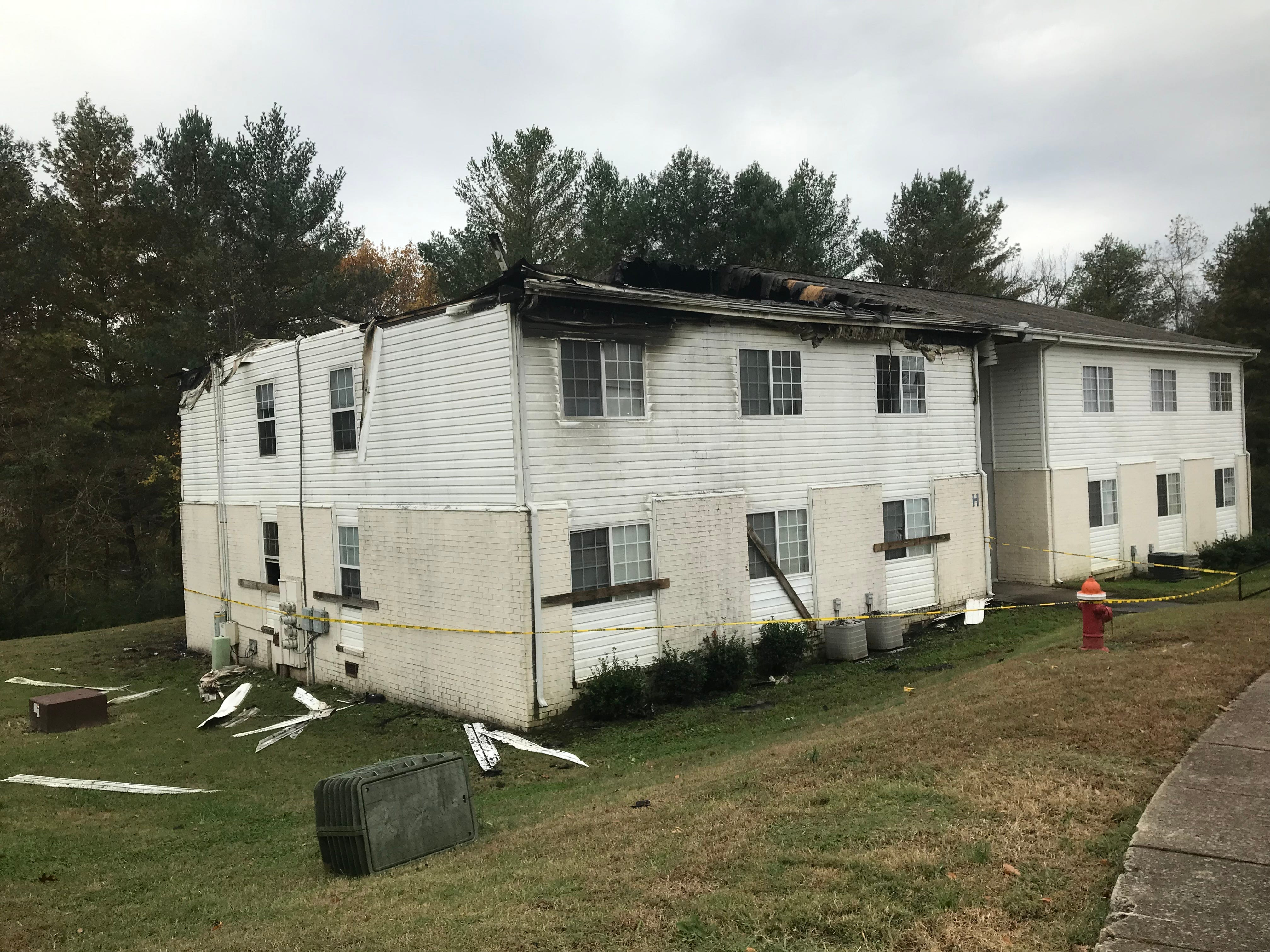 35 people from 8 apartments displaced after Clarksville fire