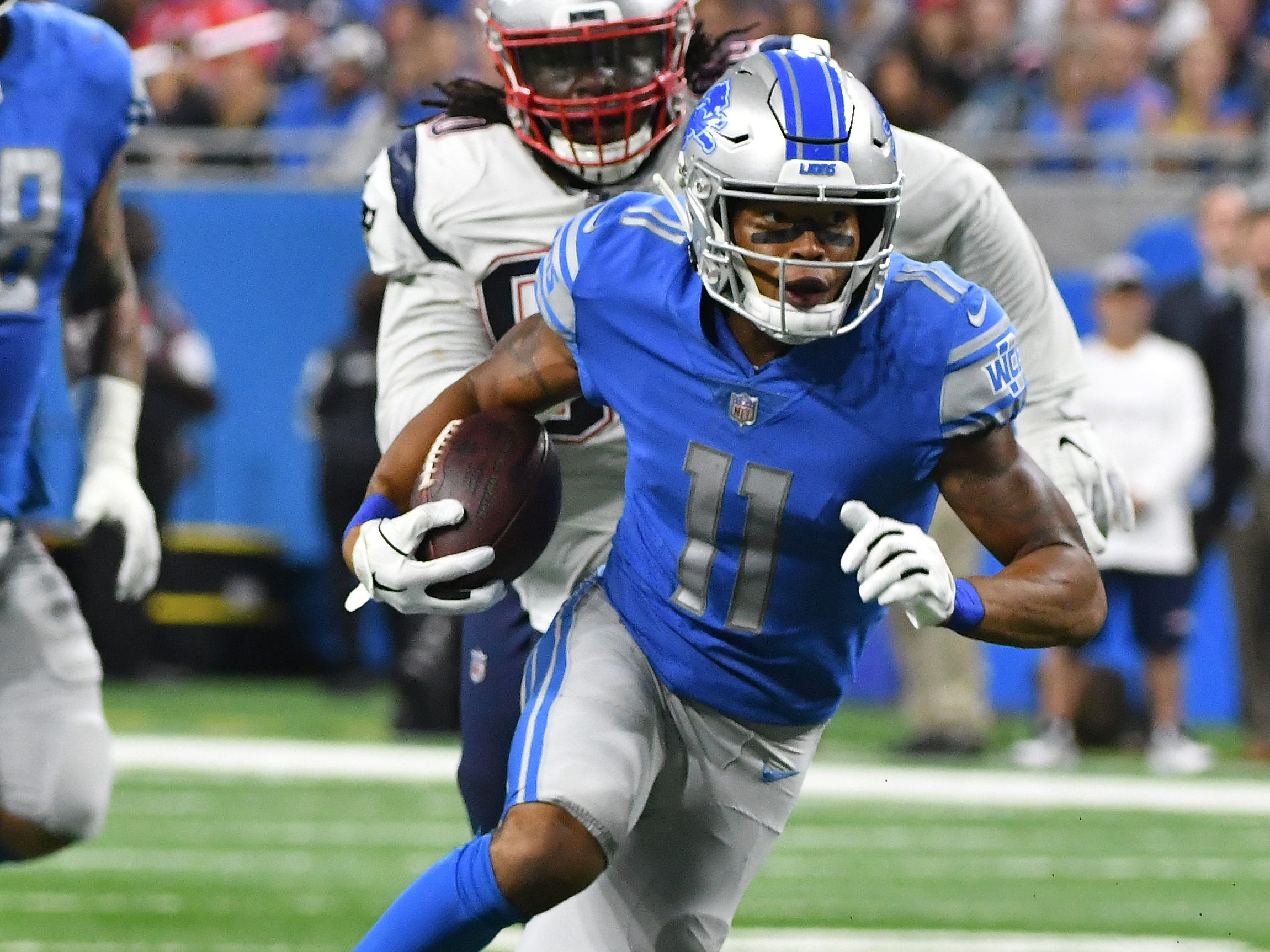 WR Marvin Jones: If Matthew Stafford didn't miss him in the end zone multiple times early in the season, Jones' stat line would look more impressive. As it stands, he still leads the team with five touchdowns. And his recent stretch has put him back on pace for a 900-yard season. It will be interesting to see how Golden Tate's absence impacts Jones' production down the stretch. Grade: B+