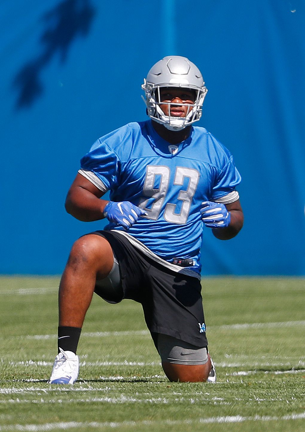 DT Da'Shawn Hand: A former five-star recruit who never lived up to the hype at Alabama, Hand has blossomed during his rookie season with the Lions. He's been the team's best interior pass rusher, without question, recording a pair of sacks and a team-high 15 hurries. Hand also shows good, um, hand usage, when defending the run. He only has occasional struggles when working against double teams. Grade: A-