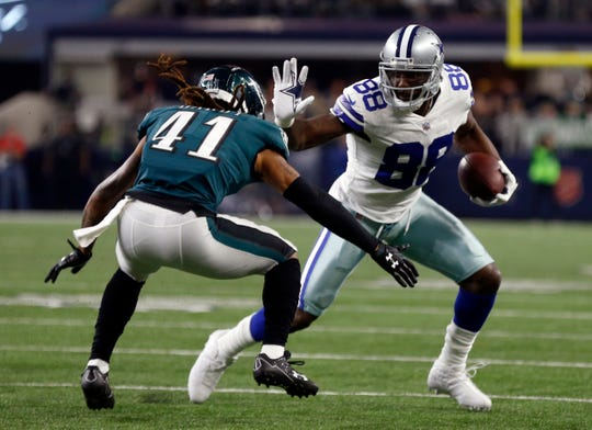 Free-agent receiver Dez Bryant, right, and the New Orleans Saints have agreed on contract terms that will add the former Cowboys star to one of the NFL's top offenses.
