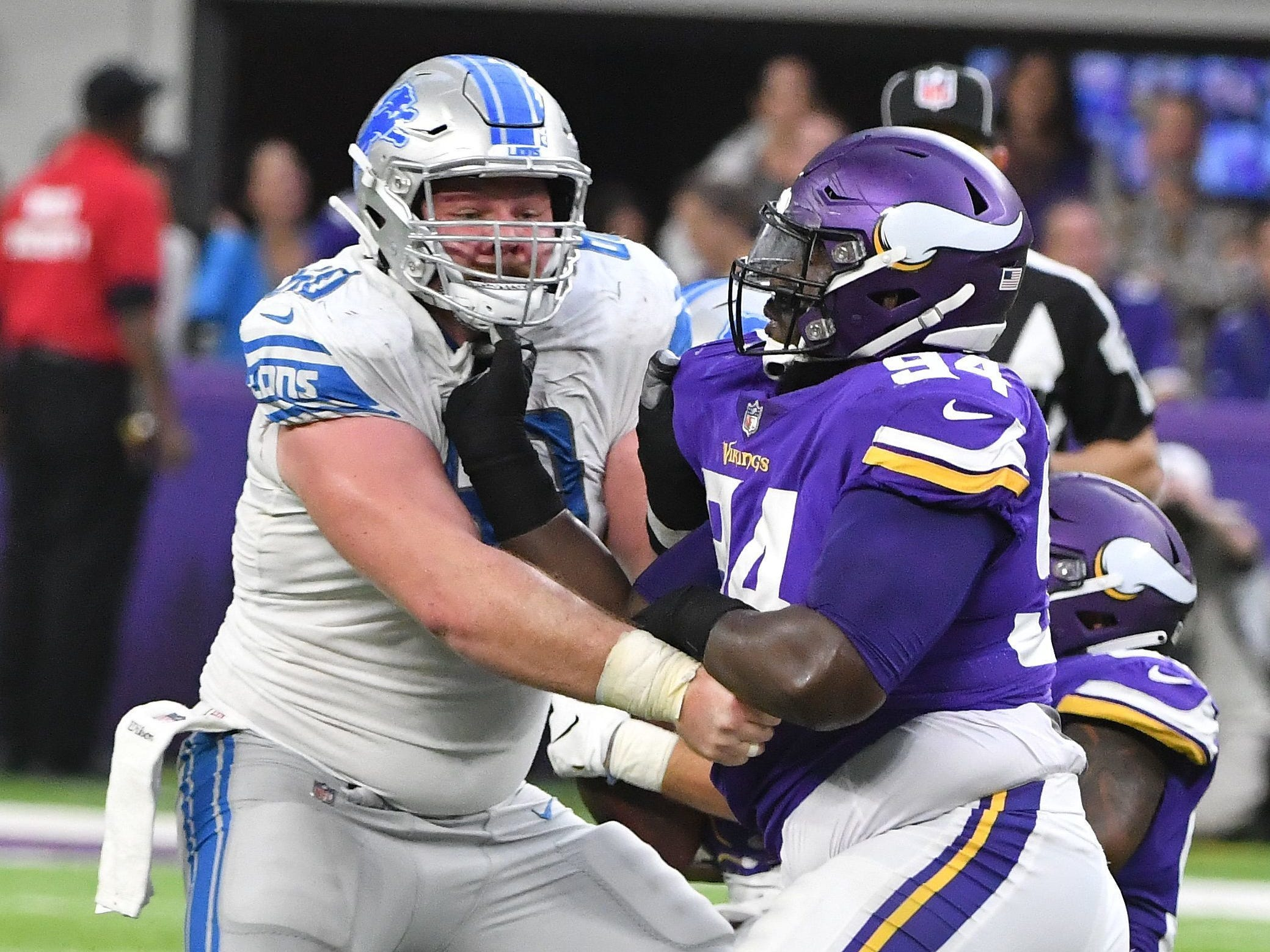 C Graham Glasgow: A strong case could be made that Glasgow was Detroit's best lineman last season, but he's been battled inconsistency more this year, likely in part to playing with a rookie off one shoulder and an unreliable rotation on the other. Regardless, the amount of pressure he's allowing is too much for a center. Grade: C+
