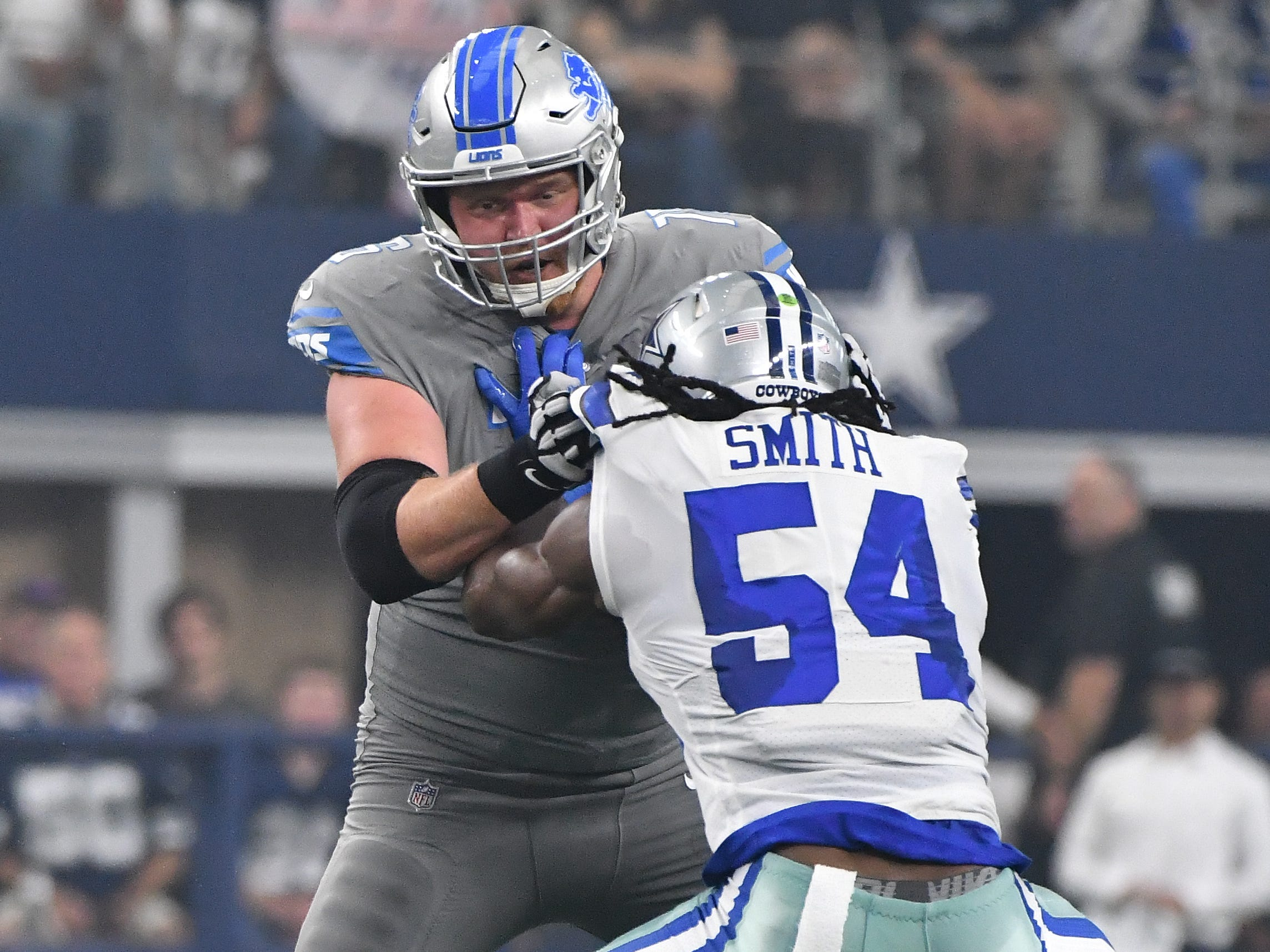 G T.J. Lang: When healthy, Lang has been excellent. He rarely allows pressure, shows expert timing when operating in tandem with Rick Wagner or Graham Glasgow, and can get to the second level more effectively than any of Detroit's linemen. But health continues to be a concern. He missed time with a concussion, while his back and hip have been nagging issues, forcing him into a rotation with Kenny Wiggins. Grade: B+