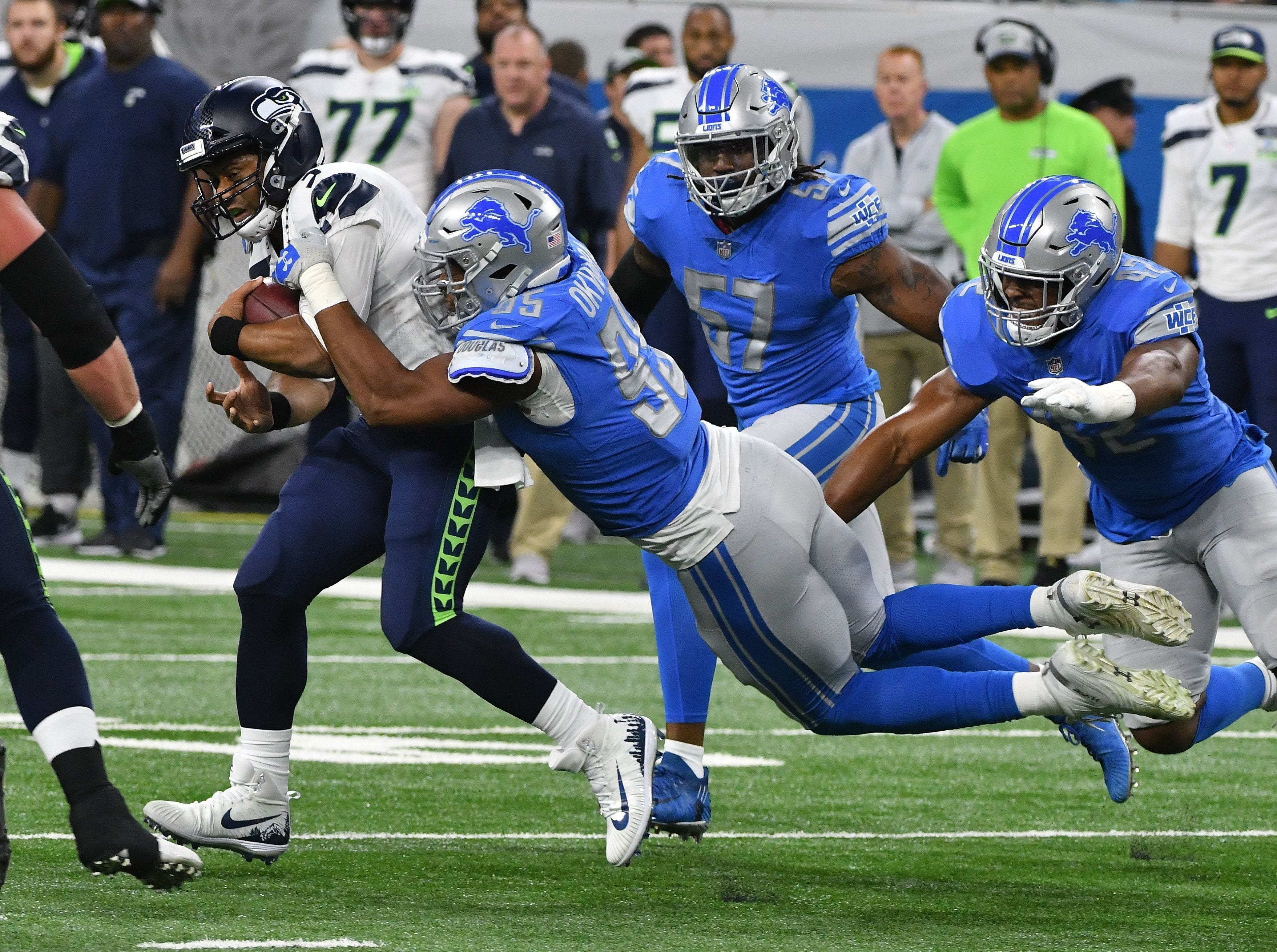 DE Romeo Okwara: A waiver claim who joined the roster just before the start of the season, Okwara has made the most of a tough situation, learning a new scheme on the fly, while playing a heavy workload compensating for Ziggy Ansah's absence. Okwara has been solid overall, racking up a career-high 5.0 sacks to go with a handful of run stops. Opponents have occasionally had success running to his edge, but overall, it's tough to expect much more given the timing of his addition. Grade: B+