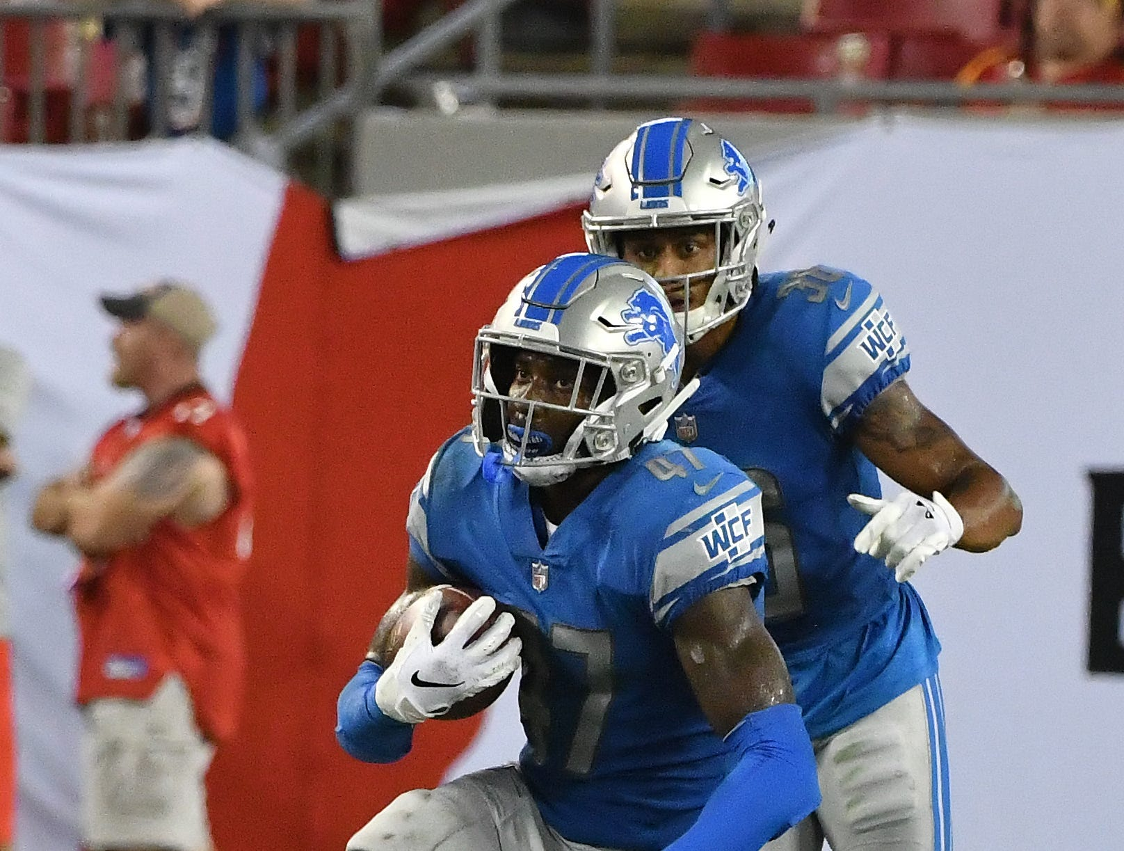 S Tracy Walker: A third-round pick this season, the Lions have been slowly incorporating Walker into the mix, giving him more than 20 snaps only once, when he was forced into action after Quandre Diggs broke his hand against Miami. What you have to like about Walker is how well he's executed when on the field. He's been solid in coverage, including an interception that was ultimately negated by a penalty away from the ball, while consistently wrapping up when making a tackle. Grade: B