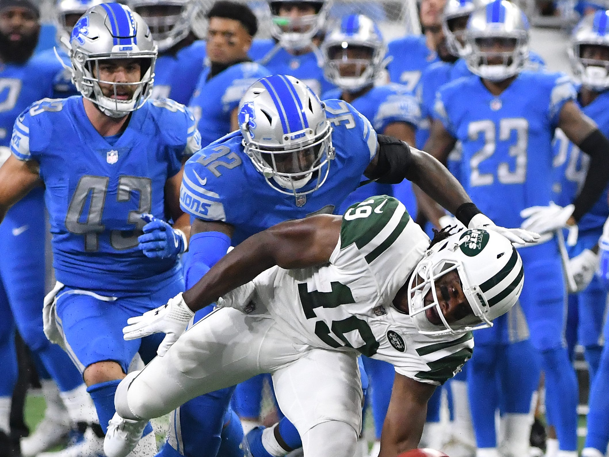 S Tavon Wilson: Wilson, like Jarrad Davis, has seemed to regress as a run defender. The in-the-box safety has previously shown a knack for attacking ball carriers downhill, but his name hasn't been called as much this season, in large part because his role has been significantly reduced. He's been on the field more than 50 percent of the defensive snaps in just two of Detroit's seven games he's played. Grade: D