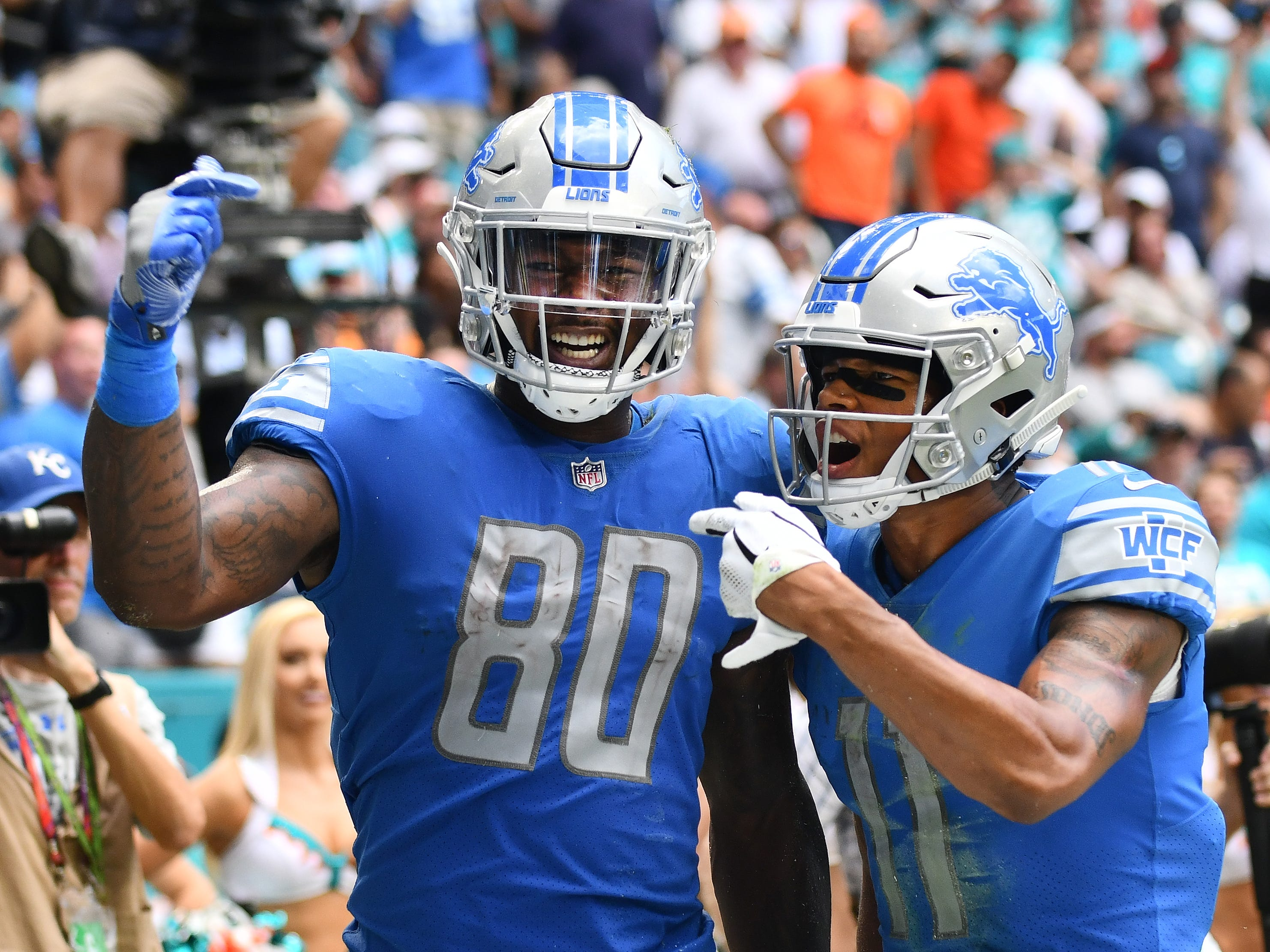 TE Mike Roberts: Roberts continues to be underrated as a blocker, an area he made significant strides at as a rookie last season. As a pass-catcher, he hasn't enjoyed the breakout many anticipated he might after a productive offseason program, but he is the only one of the team's tight ends who has shown any ability to stretch the field. He's also been the best option in the red zone, catching three touchdowns. Grade: B-