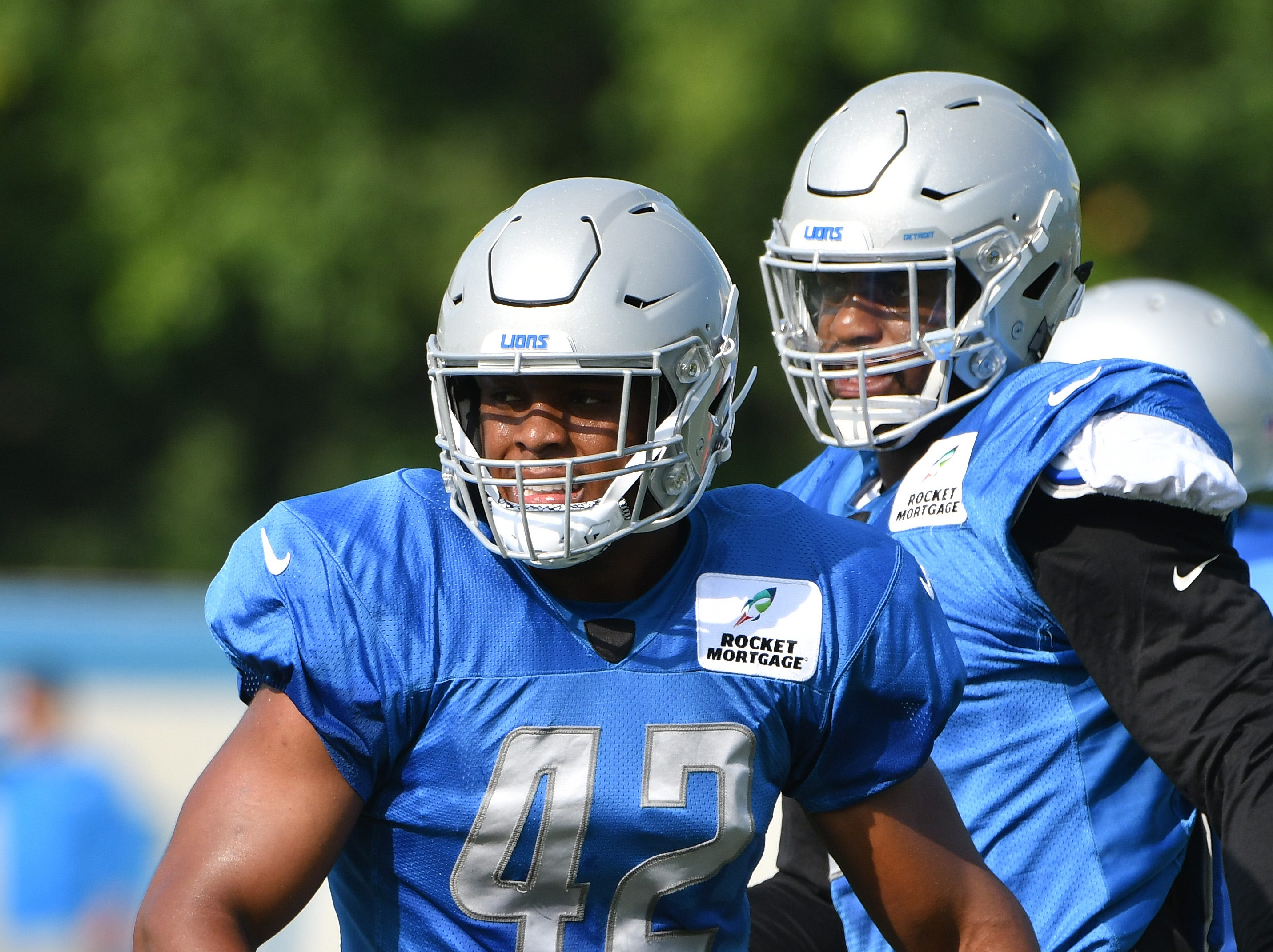 LB Devon Kennard: Kennard, the team's top free-agent signing this offseason, has exceeded expectations. Primarily used as an edge defender, he's consistently shown good instincts and is a relentless pass rusher. That's helped him net 5.0 sacks. His ability to set the edge is regularly tested by opposing offenses with purpose, but he's otherwise been a strong add to the roster.  Grade: B+