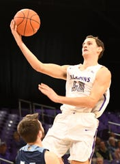 Clay Mounce (45) scored 22 points to lead Furman over the Citadel Saturday afternoon in Charleston. FILE