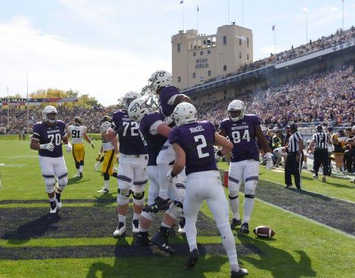 Ncaa Football Iowa At Northwestern