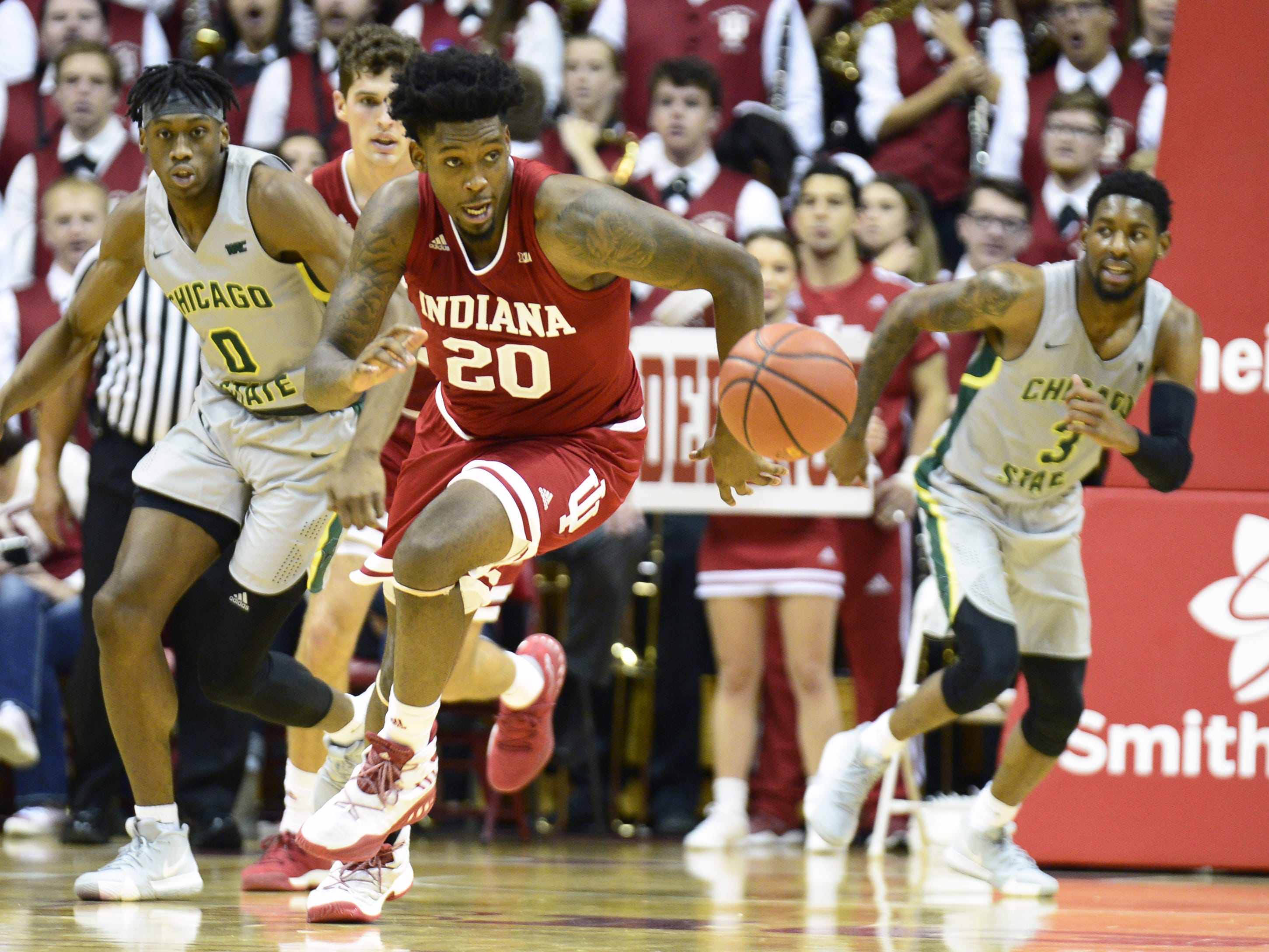 Indiana Hoosiers forward De'Ron Davis (20) runs for a loose ball during the game against Chicago State at Simon Skjodt Assembly Hall in Bloomington, Ind., on Tuesday, Nov. 6, 2018.