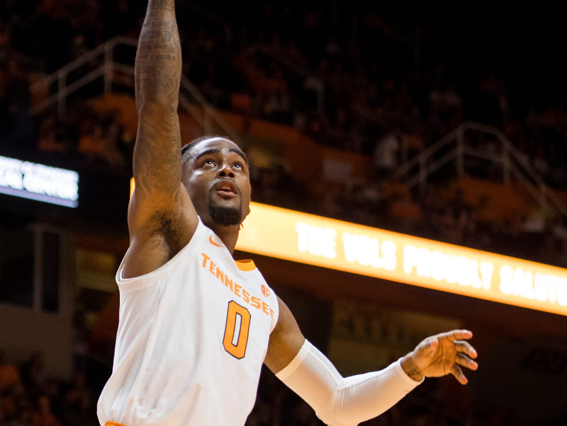 Tennessee guard Jordan Bone (0) attempts a shot during Tennessee's basketball game against Lenoir-Rhyne at Thompson-Boling Arena in Knoxville on Tuesday, November 6, 2018.