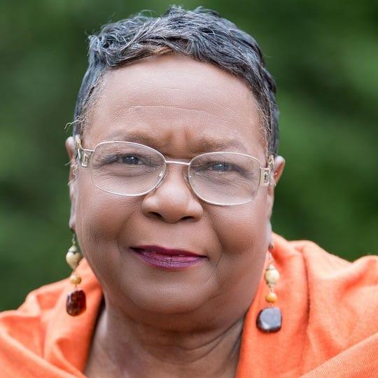 Tanya Henderson Martin was elected to the Alcoa City Commission, becoming the first African-American woman to serve on that body.